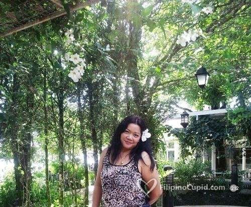 josephine catholic singles Josephine, a 41-year-old single christian / catholic associate degree graduate woman from cavite, philippines.